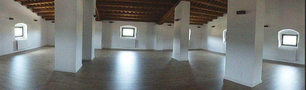 Sala Polivalente diáfana en la Buhardilla de Casa Rural la Torra de Ribelles