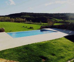 Piscina privada Casa Rural la Torra de Ribelles